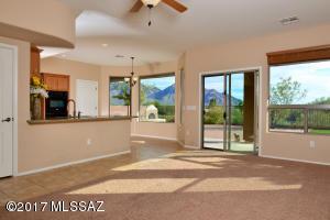 613 W Pizzicato Lane, Oro Valley, AZ 85737