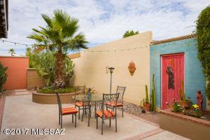 1896 N Ranch Drive, Tucson, AZ 85715