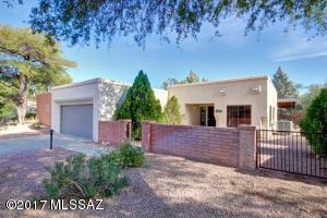 3082 N Willow Creek Drive, Tucson, AZ 85712