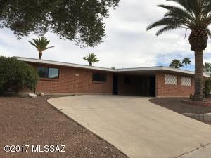 1825 S Sleepy Hollow Avenue, Tucson, AZ 85710