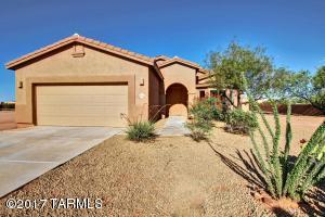 10136 N Avra Vista Drive, Marana, AZ 85653