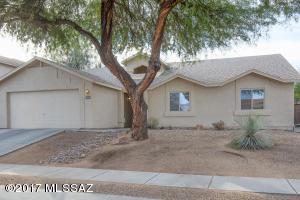 7994 E Ragweed Drive, Tucson, AZ 85710