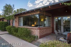 237 S Bella Vista Drive, Tucson, AZ 85745