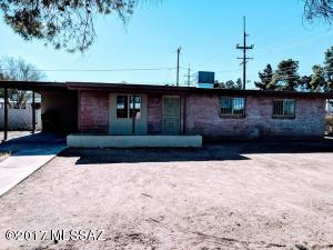 6402 E Calle Altair, Tucson, AZ 85710
