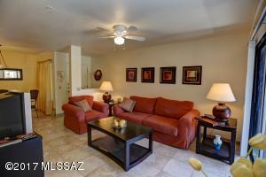 5751 N Kolb Road, 30108, Tucson, AZ 85750