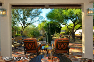 27 E Golden Sun Place, Oro Valley, AZ 85737