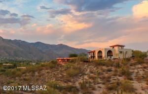 5870 N Hombre Lane, Tucson, AZ 85718