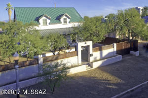 622 N 10th Avenue, Tucson, AZ 85705