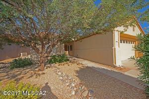 2311 E Montrose Canyon Drive, Oro Valley, AZ 85755