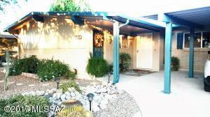 1709 S Regina Cleri Drive, Tucson, AZ 85710