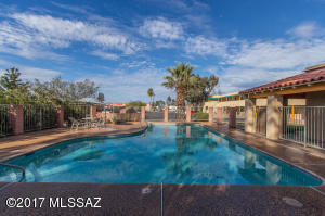 219 W Fort Lowell Road, Tucson, AZ 85705