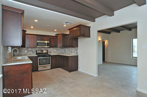 2158 E Grant Road, Tucson, AZ 85719