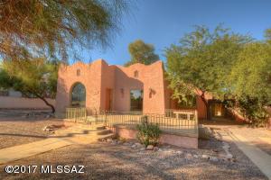 935 N Tucson Boulevard, Tucson, AZ 85716