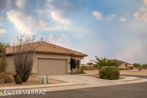 9747 Sandy Valley Dr, Tucson, AZ 85743