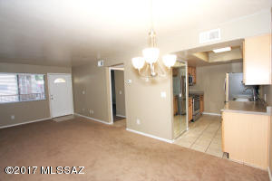 455 W Kelso Street, 126, Tucson, AZ 85705