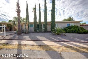 9752 E Sellarole Road, Tucson, AZ 85730