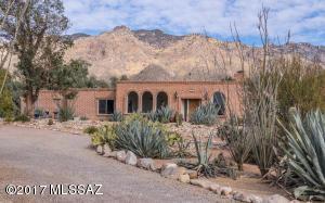 5111 E Camino Bosque, Tucson, AZ 85718