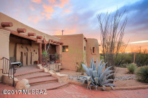 9490 E Placita Oaxaca, Tucson, AZ 85749