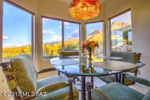 9918 N Bighorn Butte Drive, Oro Valley, AZ 85737