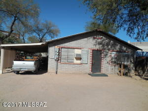 338 W 40Th Street, 1/2, Tucson, AZ 85713