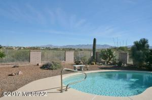 1159 Kent Spring Place, Green Valley, AZ 85614