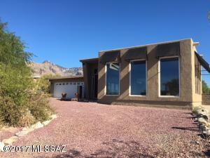 6640 N Camino Padre Isidoro, Tucson, AZ 85718