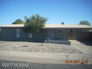 110 N Douglas Avenue, San Manuel, AZ 85631