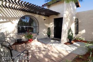 5264 N Pueblo Villas Drive, Tucson, AZ 85704