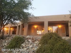 600 N Oak Hills Place, Oracle, AZ 85623