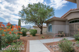 14739 N Burntwood Drive, Oro Valley, AZ 85755