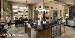420 W Echo Point Place, Oro Valley, AZ 85755