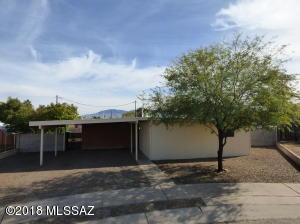 8136 E Holmes Place, Tucson, AZ 85710