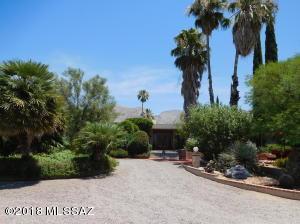 7101 N Corrida De Venado, Tucson, AZ 85718