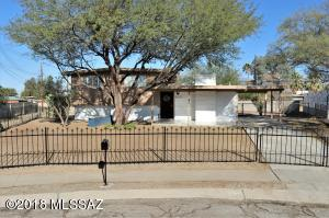 8021 E 18th Place, Tucson, AZ 85710