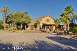 13444 N Sandra Road, Marana, AZ 85658