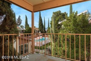 1600 N Wilmot Road, 225, Tucson, AZ 85712