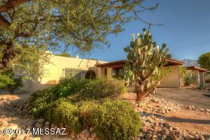 4829 N Via Entrada, Tucson, AZ 85718