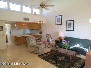 1200 E River Rd, K-146, Tucson, AZ 85718