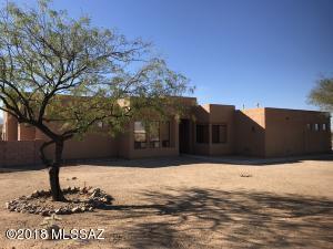 9350 E Still Springs Place, Vail, AZ 85641