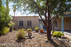 9204 E 30th Street, Tucson, AZ 85710