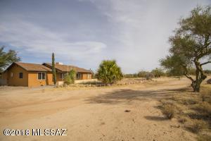 12010 W Hilltop Road, Tucson, AZ 85736