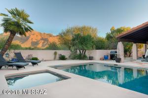 620 W Bangalor Drive, Oro Valley, AZ 85737