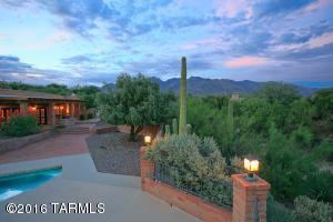 3675 E Via Alcalde, Tucson, AZ 85718