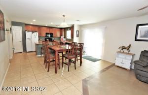 123 W Cheevers Street, Vail, AZ 85641
