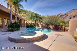 6598 N Calle De La Lluvia, Tucson, AZ 85750