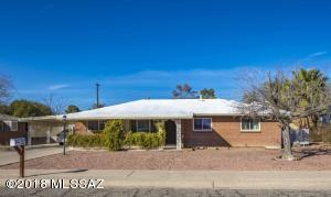 6325 E Calle Orion, Tucson, AZ 85710