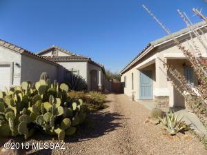1366 W Calle Las Guijas, Sahuarita, AZ 85629
