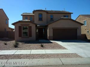 686 S Desert Haven Road, Vail, AZ 85641