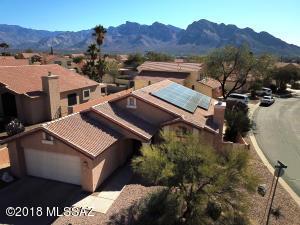 10486 N Autumn Hill Lane, Oro Valley, AZ 85737