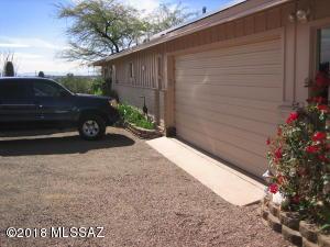 1103 W Roller Coaster Drive, Tucson, AZ 85704